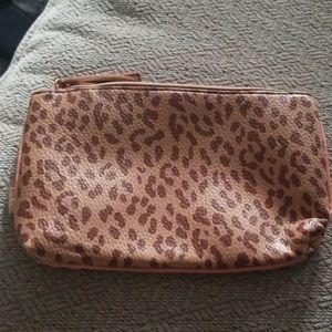 💥💥NEW Beautiful Cheetah Makeup Bag